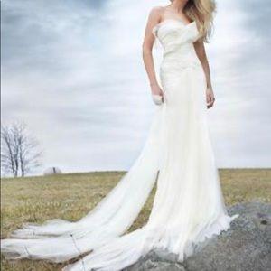 Vera Wang Hayden Wedding Dress